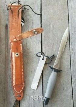 1971 Vietnam Era Gerber Mark 2 MK II Fighting Knife Dagger, Sheath, and Stone