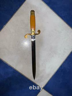 Russiam Soviet Officer's dagger post WW2 model fighting knife with button