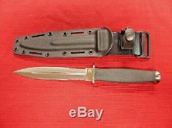 SOG Desert Dagger Fixed Blade Knife, Seki, Japan, with Original Sheath Unused