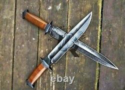 Ubr Custom Handmade 440 Carbon Steel Hunting Dagger And Bowie Knife With Sheath