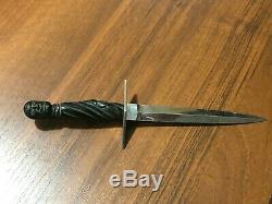 Main Poignard D'affûtage De Couteau Vintage Fait Prison