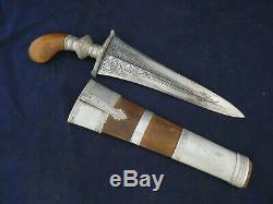 Vintage Gravé Kris Punal Dagger Philippines Couteau Avec Manche En Bois D'origine